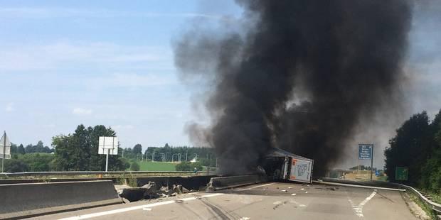 Nouvel accident de camions sur l'E411 avant Libramont - La DH
