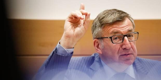 """Kazakhgate: Steven Vanackere déclare ne jamais avoir été """"sensibilisé pour intervenir vis-à-vis de Chodiev ou la transac..."""