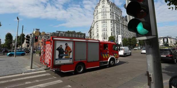 Bruxelles: Les pompiers font passer le feu au vert grâce à une télécommande (VIDÉO) - La DH