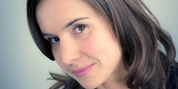 """La journaliste de la RTBF Delphine Simon prolonge sa pause carrière: """"J'ai une boîte à idées dans la tête"""" - La DH"""