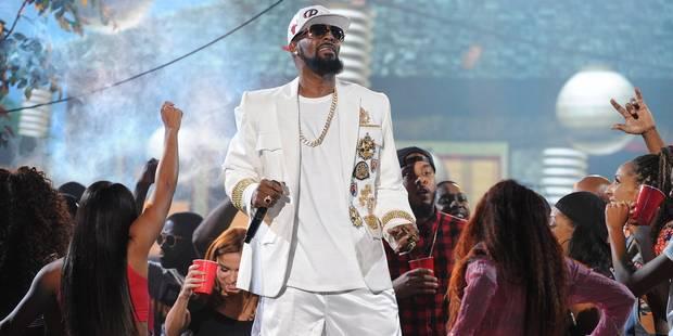 Le chanteur R. Kelly accusé d'esclavage sexuel - La DH