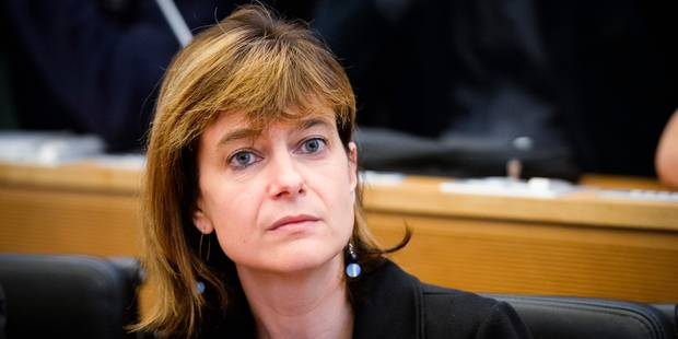 Nivelles: Valérie De Bue (MR) devient ministre des Pouvoirs locaux, du Logement et des Infrastructures sportives - La DH