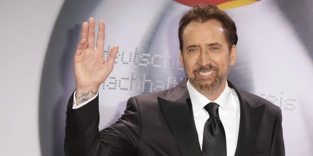 Une photo de Nicolas Cage au Kazakhstan provoque l'hilarité de la toile - La DH