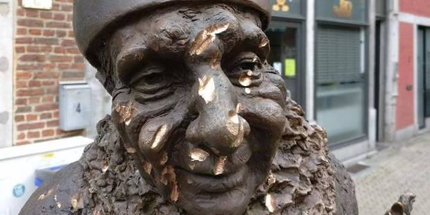 Namur: la statue du Molon à nouveau vandalisée! - La DH
