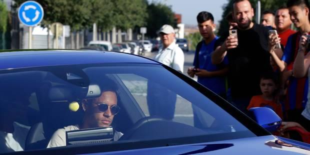 """Transfert de Neymar: le FC Barcelone officialise le départ, présentation à Paris attendue en """"fin de semaine"""" - La DH"""