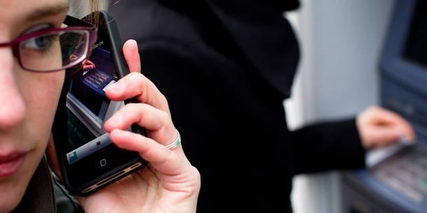 Charleroi: attention aux arnaques à la carte bancaire, elles ont volé 22.000€! - La DH