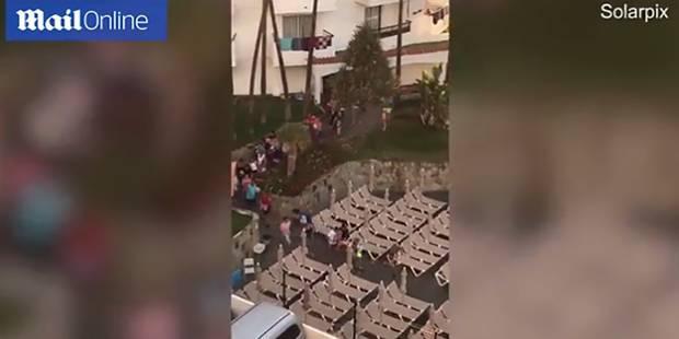 En vacances, des touristes sprintent pour réserver des transats... (VIDEO) - La DH