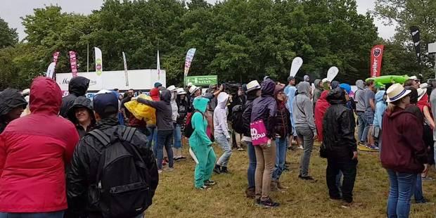 La pluie ouvre le bal au Ronquières Festival (PHOTOS + VIDEOS) - La DH