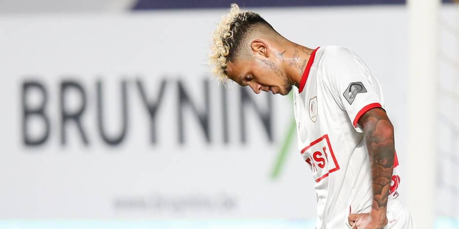 Une défaite et deux rouges pour le Standard, battu à Saint-Trond (1-0)