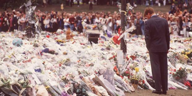 """Le prince William se confie à propos des funérailles de Lady Diana: """"Elle marchait presque à nos côtés"""" - La DH"""