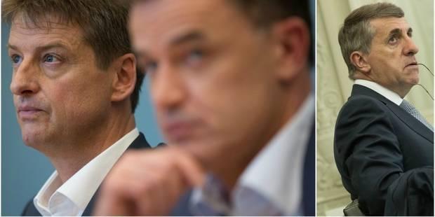 Crise politique: discrétion au MR et au cdH après les propositions de DéFI... saluées par le PS - La DH