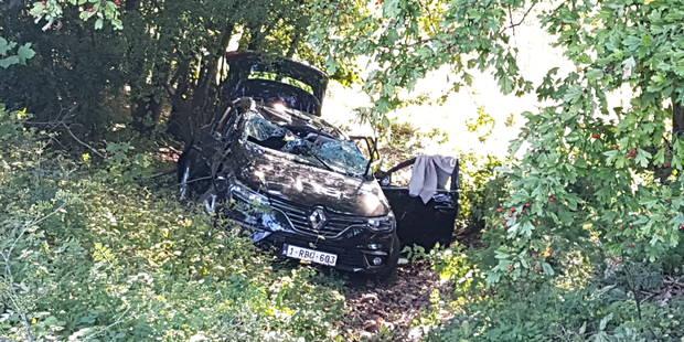 Gosselies: un automobiliste reste coincé toute la nuit dans sa voiture accidentée - La DH