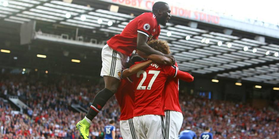 Premier League: Manchester United enchaîne, City s'impose sur le fil