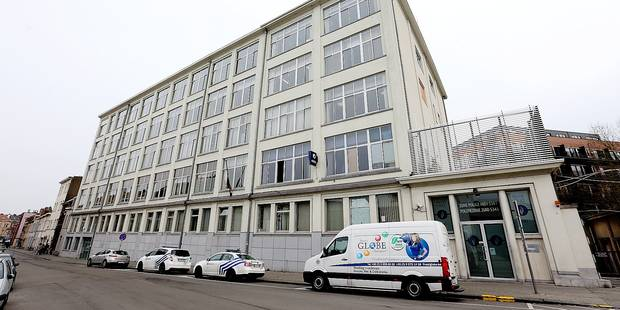 Évasion gag d'un détenu au commissariat d'Anderlecht - La DH