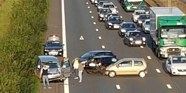 E19: quatre véhicules impliqués dans un accident - La DH