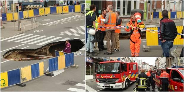 """Immense trou dans la chaussée de Louvain: 200 personnes évacuées et la jonction SNCB Nord-Schuman perturbée """"plusieurs j..."""