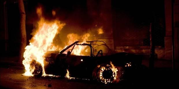 Une voiture volée à Hannut retrouvée incendiée à Waremme - La DH
