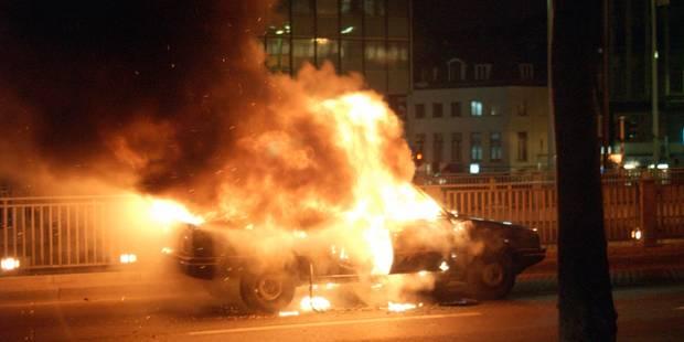 Seraing : 5 véhicules incendiés pendant la nuit - La DH