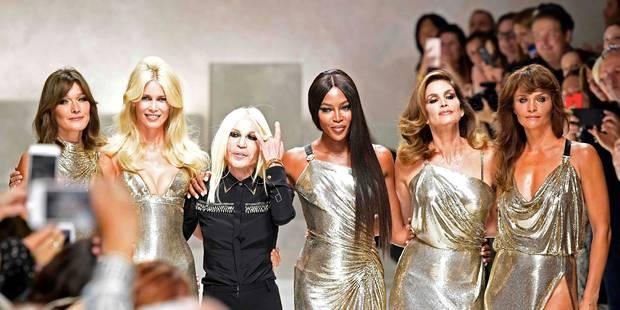 Mode à Milan : Carla Bruni défile pour Versace - La DH