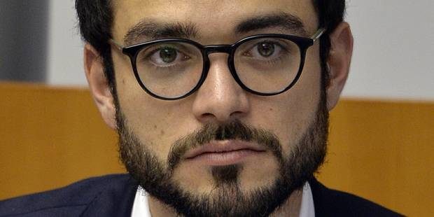 """Accusé de clientélisme, Julien Uyttendaele invite à postuler au CPAS """"de sa part"""" - La DH"""