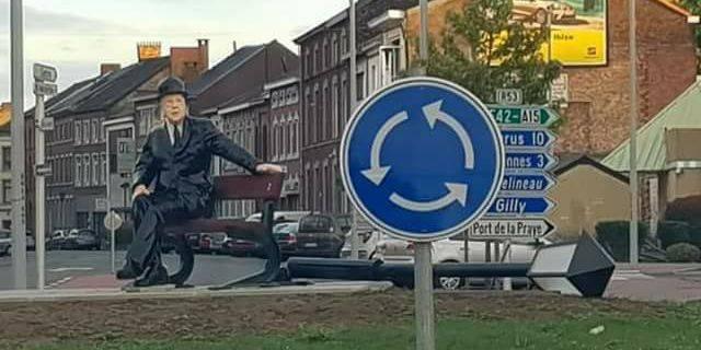 Châtelet : la statue de Magritte n'a pas fait long feu