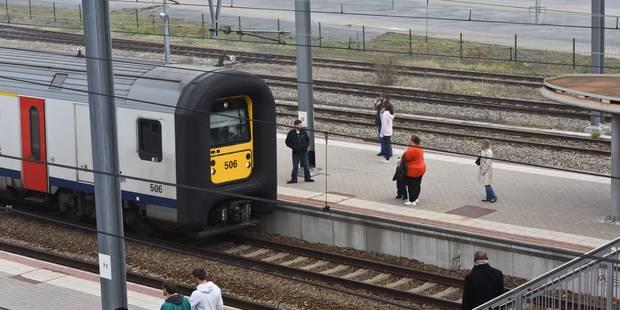 Service minimum SNCB : La Chambre entame l'examen de la loi à quelques jours de l'action des services publics - La DH