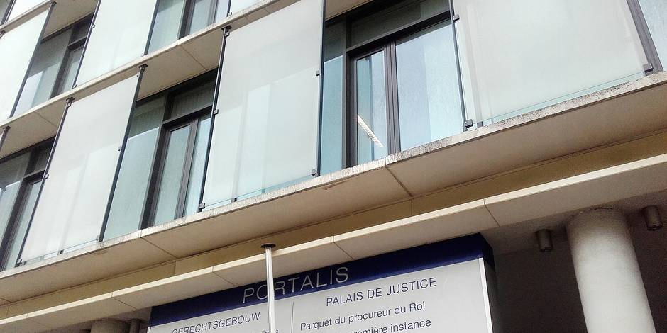 Les vitres de la Justice laissées sur le carreau faute de budget suffisant