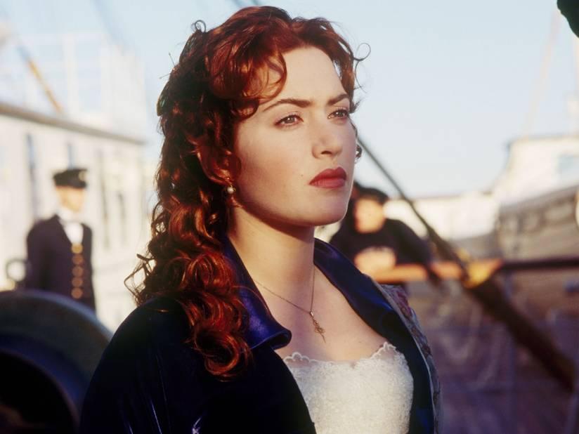 Kate Winslet a 22 ans lorsqu'elle tourne Titanic. C'est la consécration. Elle aurait fait une lourde campagne pour obtenir le rôle, allant même jusqu'à envoyer des roses à James Cameron, en signant « ta Rose ». Elle retrouvera très prochainement le réalisateur dans le deuxième opus d'Avatar.