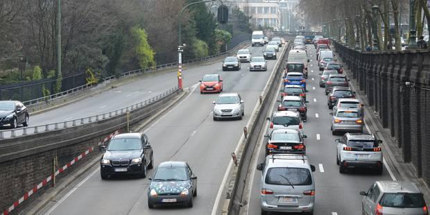 """""""Ni un péage ni le RER ne désengorgeront Bruxelles"""" - La DH"""
