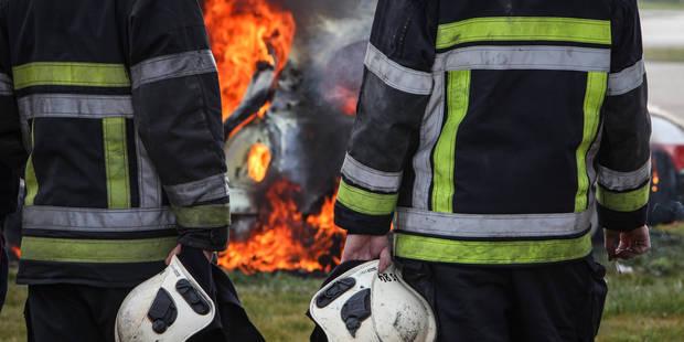 Borinage: un bus TEC et quatre voitures incendiés durant la même nuit - La DH