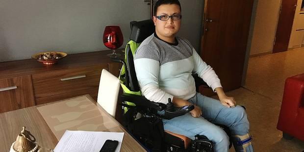 Ascenseur en panne: Hicham, invalide, est bloqué 1 mois au 5e étage - La DH