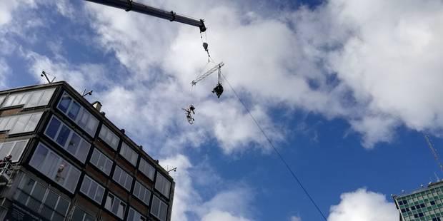 Charleroi: un film inspiré du cycliste Frank Vandenbroucke tourné sur la Place Verte (VIDEO) - La DH