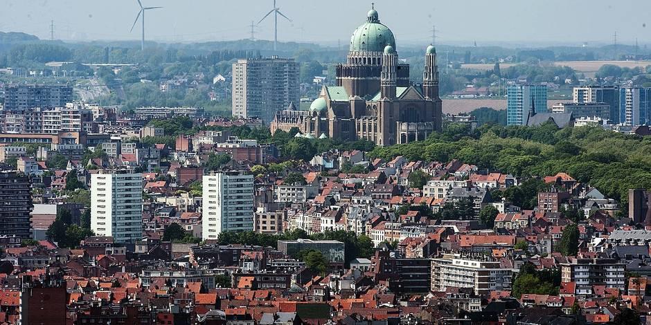 Brussels Aerial View / Tourism / Belgium / Street / Monument / Grand Place de Bruxelles / Palais Royal / Bastion Tower / City / Photography / Berlaimont / Parc Royal /