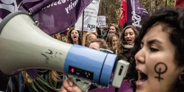 2.000 personnes manifestent à Bruxelles contre les violences faites aux femmes - La DH