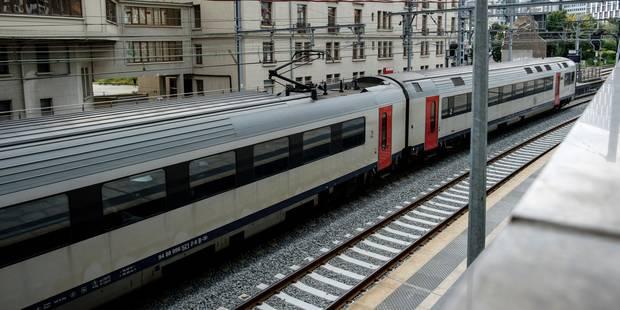 Accident de train à Morlanwelz: le plan de transport alternatif de mardi reconduit pour mercredi, indique la SNCB - La D...