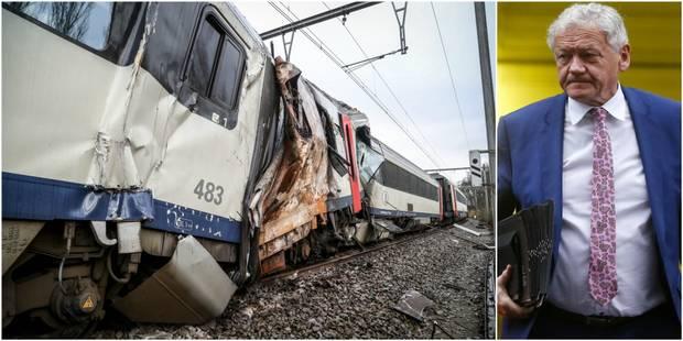 Drame à Morlanwelz: la FGTB pointe le cynisme du ministre Bellot, les deux trains bientôt évacués (VIDEO) - La DH