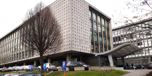 Charleroi: deux jeunes se laissent enfermer dans le palais de Justice (VIDEO) - La DH