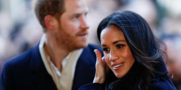 Premier bain de foule très enthousiaste pour le prince Harry et sa fiancée Meghan - La DH