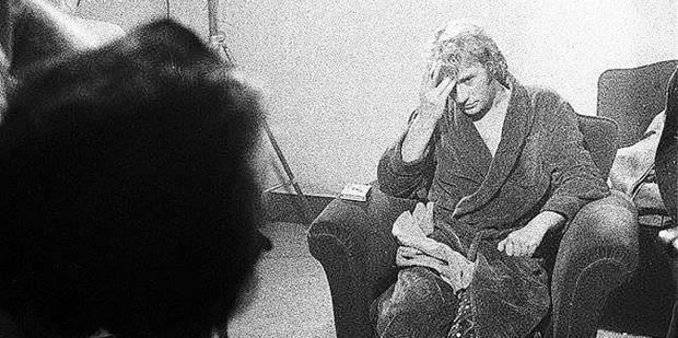 Johnny Hallyday avait montré ses fesses aux policiers liégeois en 1972 ! - La DH