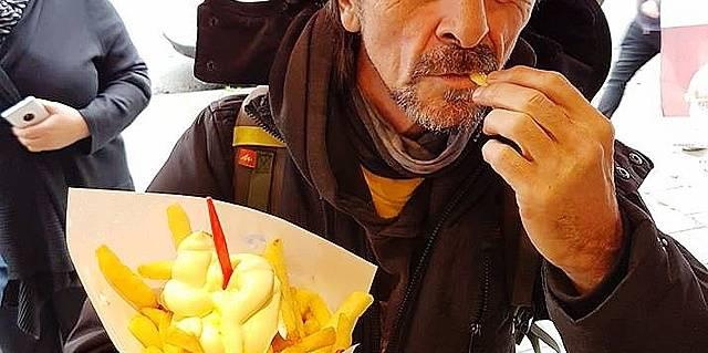 Tournai : Un paquet de frites pour les gens dans le besoin