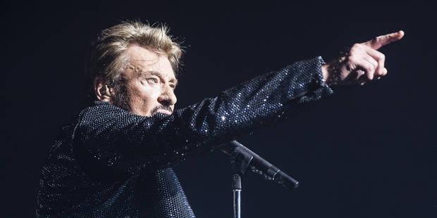 En concert, de nombreux artistes ont rendu un dernier hommage à Johnny (VIDEOS) - La DH