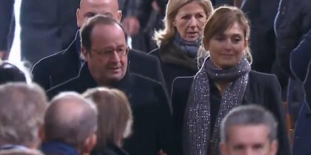 Hommage à Johnny Hallyday : Julie Gayet et François Hollande apparaissent ensemble - La DH