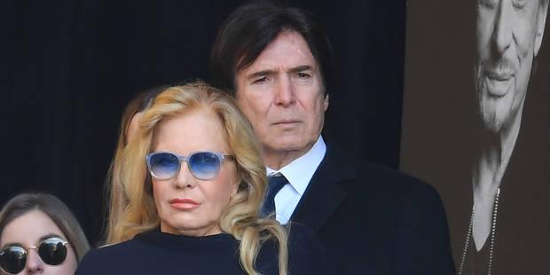 """Sylvie Vartan : """"Je suis vraiment triste que Johnny soit si loin de nous tous qui l'aimons tant"""" - La DH"""
