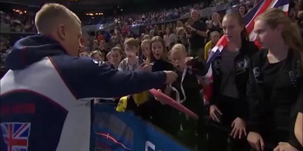 Natation : Adam Peaty donne sa médaille d'or à une jeune fan - La DH