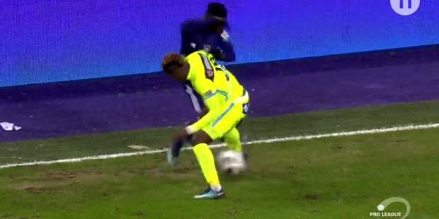 Anderlecht - La Gantoise: le jeune Amuzu humilie Kalu (VIDEO) - La DH