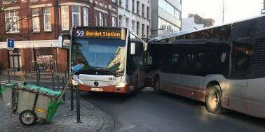 Schaerbeek: collision entre deux bus de la Stib - La DH