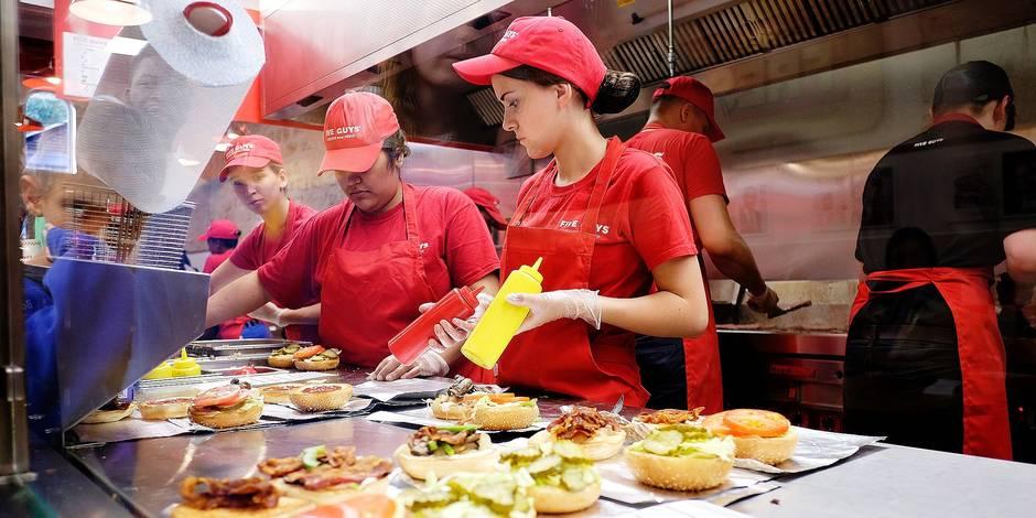 Five Guys débarque en Belgique et se démarque de McDo, Quick ou encore Burger King - La DH