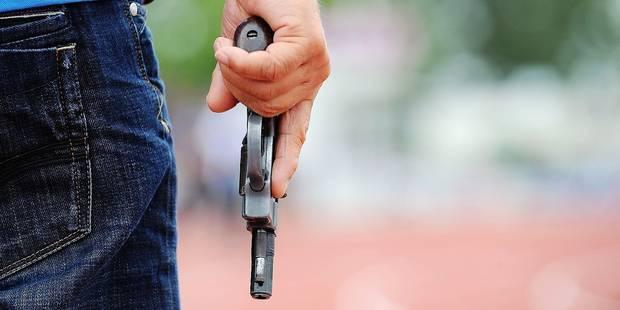 Tubize neuf balles tirées sur sa compagne ! - La DH