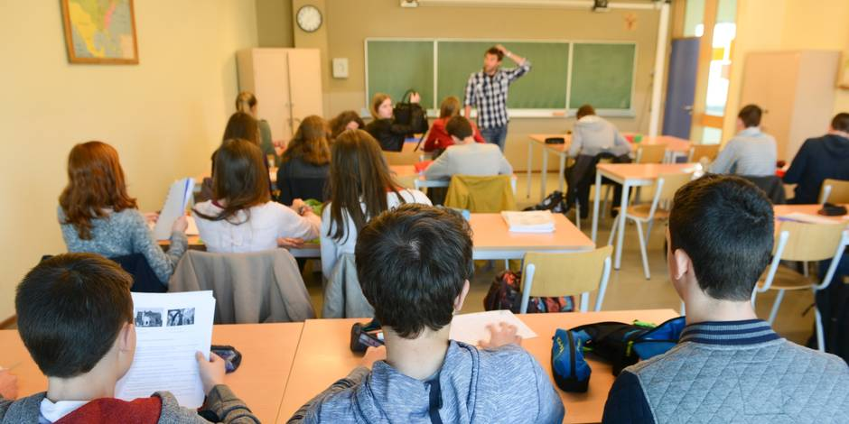 """""""La pénibilité du métier d'enseignant est un fait"""" affirme un député MR - La DH"""