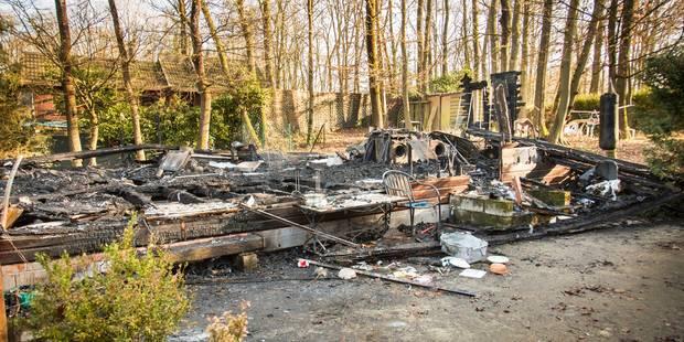 Incendie criminel de chalet à Ben Ahin: le suspect nie être le responsable - La DH